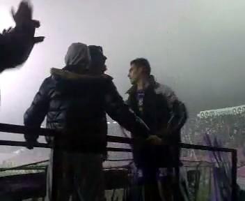 Hristu Chiacu da tonul in Peluza Sud la Timisoara Dinamo 2-0