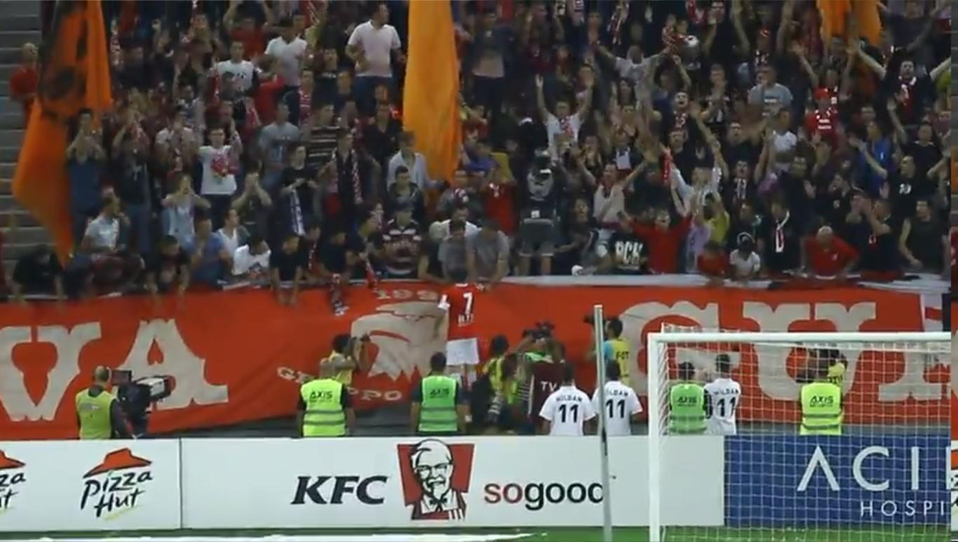 Dinamo - Pandurii - Elyass ii pune banderola lui Catalin Munteanu